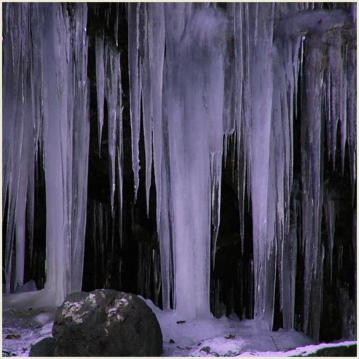 17_氷の滝つぼ.jpg